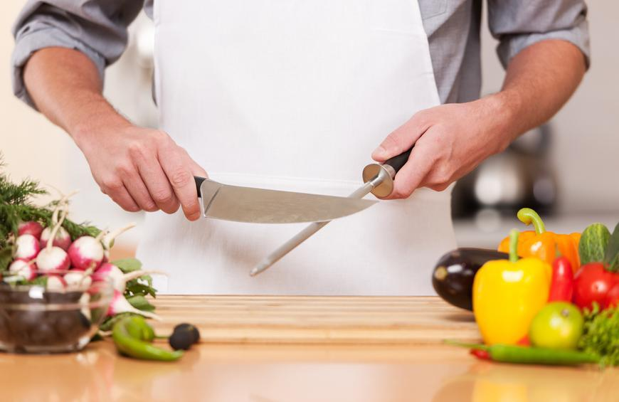 Buying an excellent Chef Knife Body Size Doesn't Fit All