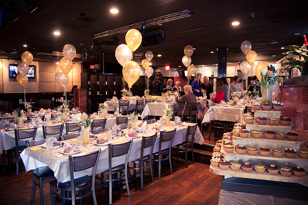 Follow These Few Steps to Efficiently Host a Restaurant Party