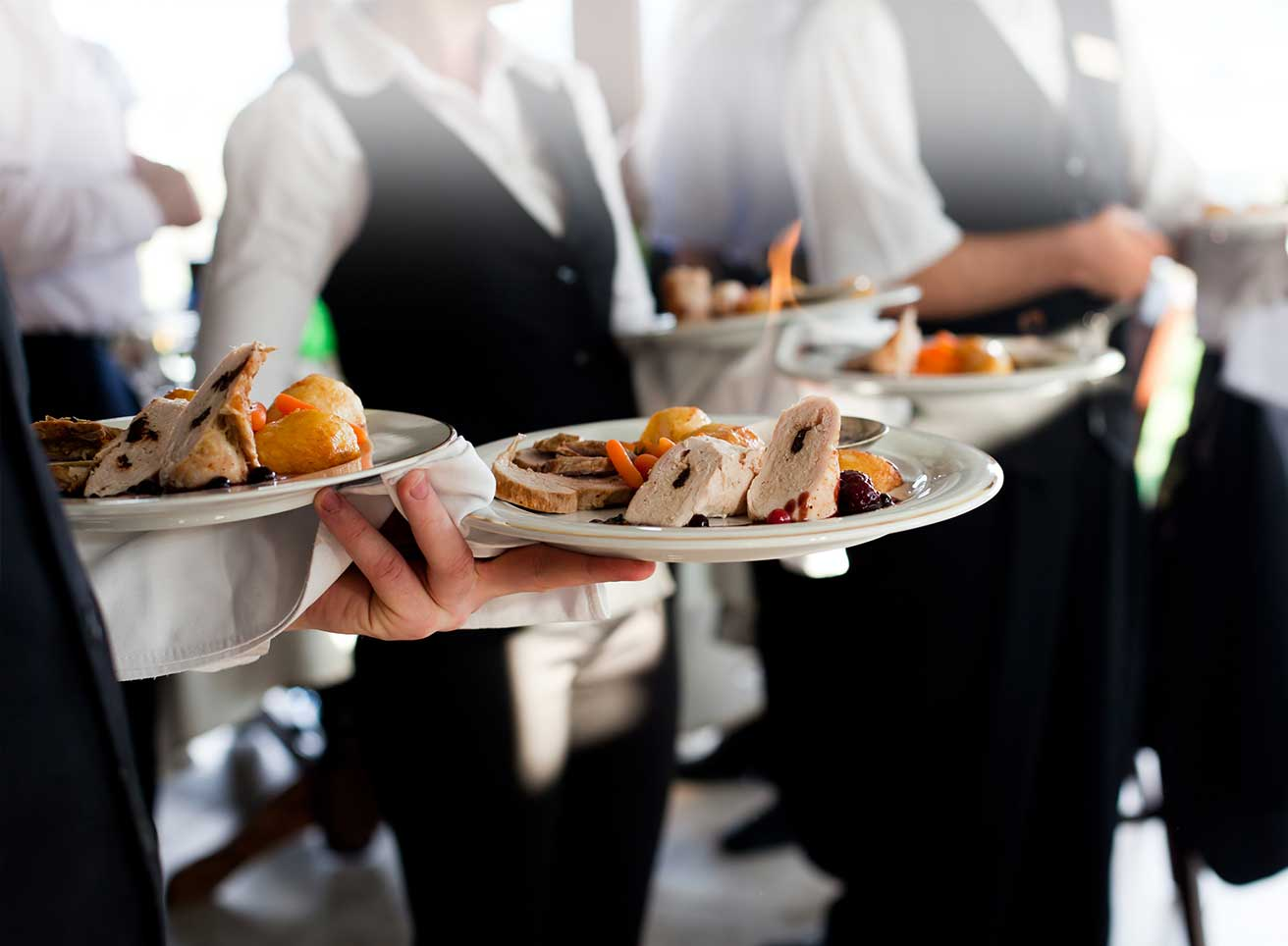 Extraordinary Service By Catering Sydney For Organising Events